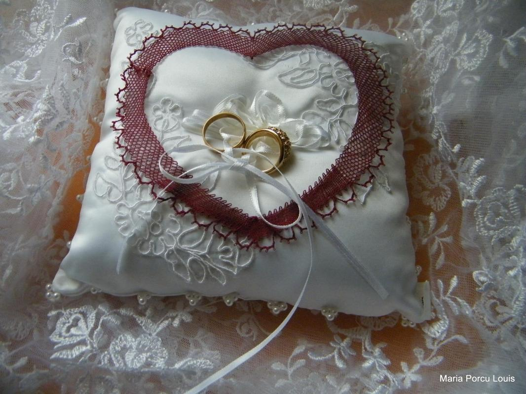 Coeur en dentelle de la Mariée
