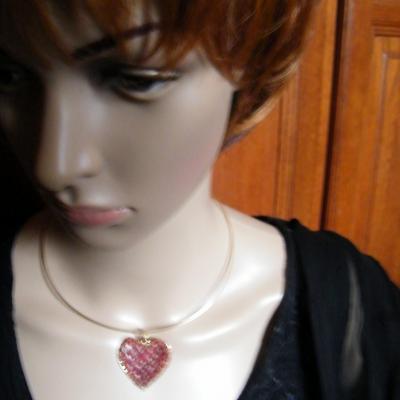 Bijoux en dentelle aux fuseaux